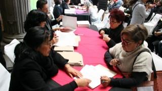 Entrega de 125 cheques en apoyo a la reparación de viviendas