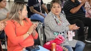 Entrega de 35 acciones de vivienda en Peluqueros No. 60